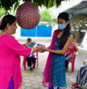 Distributing Reusable Masks